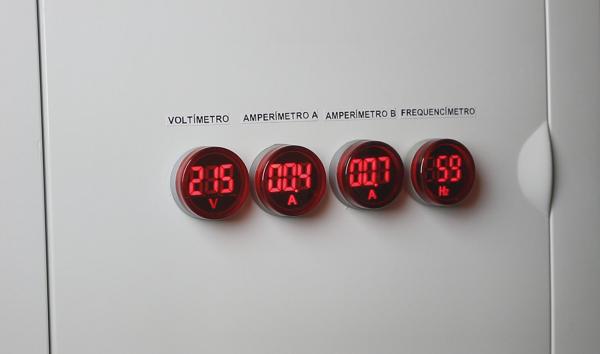 img11_medidor_tensao_corrente_frequencia_para_quadro_de_energia_voltimetro_amperimetro_frequencimetro_qdg_qde_transformador_trafo