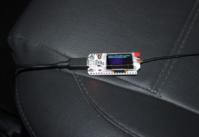 img24_conhecendo_a_placa_wifi_lora_esp32_433mhz_868mhz_915mhz_iot_lorawan_arduino_antena_gateway_heltec_km_sensor_modulo_wifi_bluetooth